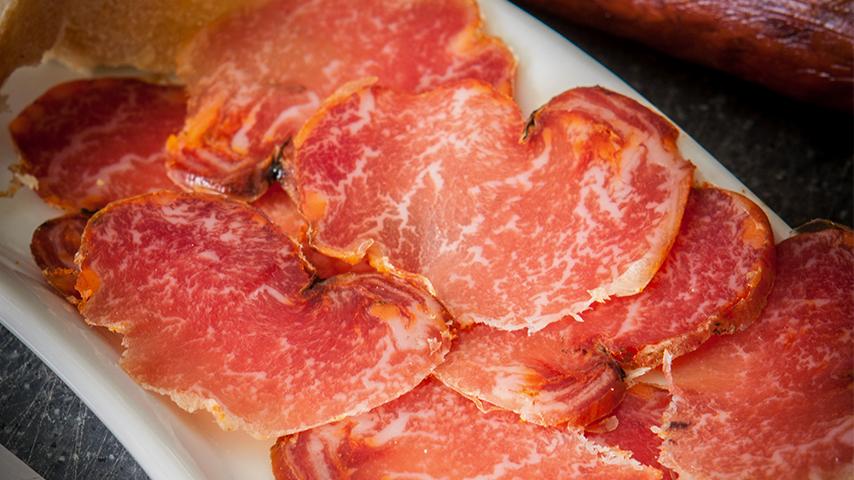 ¿Porqué te gusta tanto el lomo Ibérico de Guijuelo?
